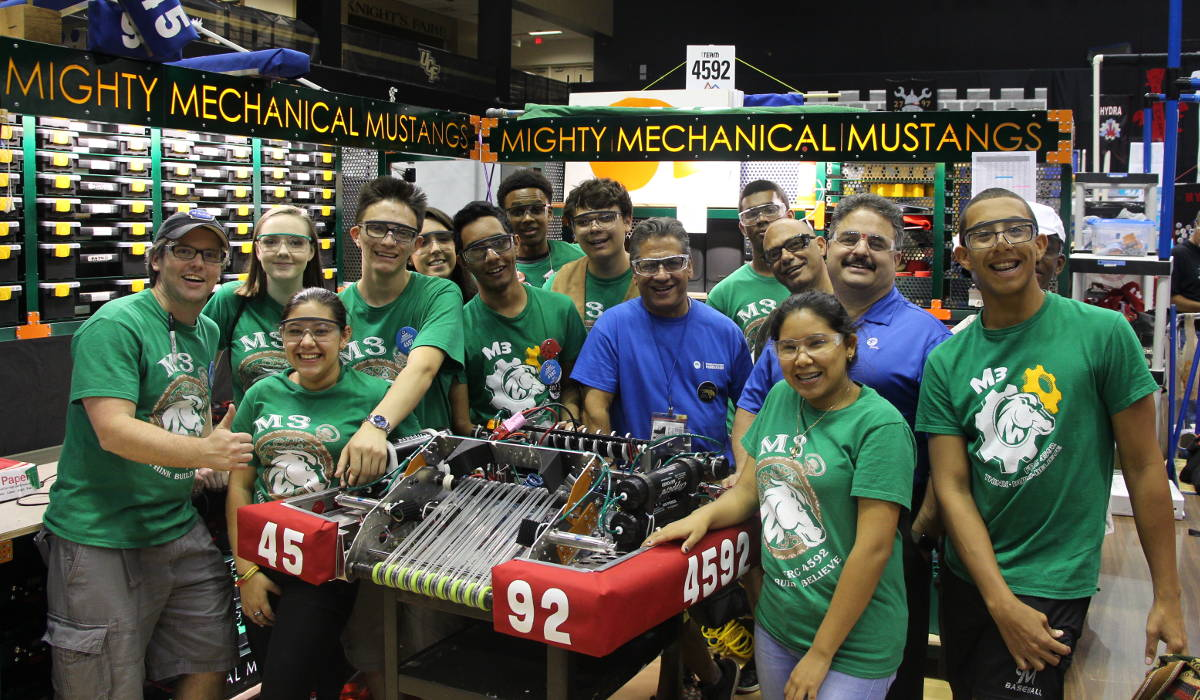 Need New Technicians? Look at Robotics Industry